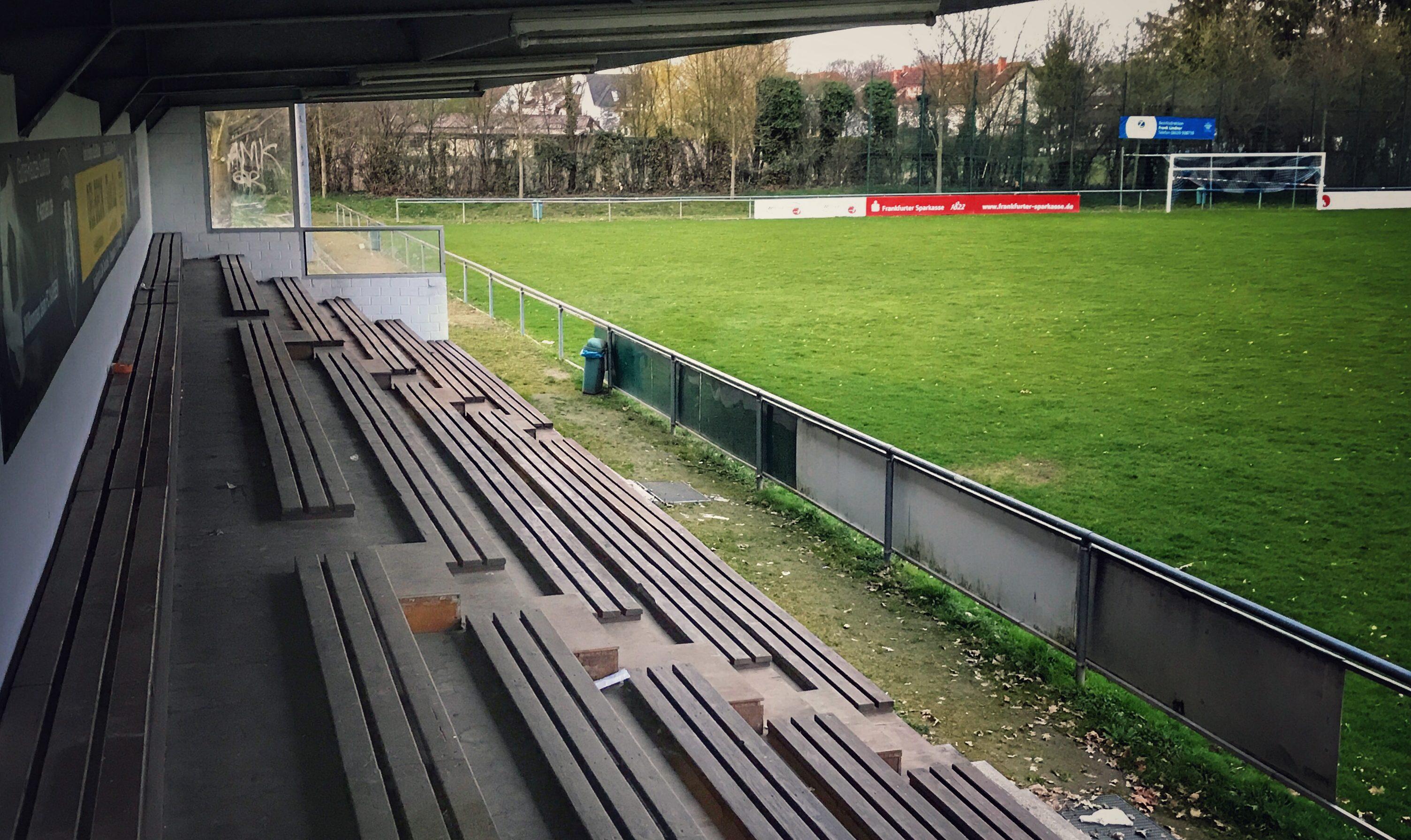 Karben: Günter-Reutzel-Sportfeld